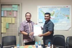 Andri Terima SK Karang Taruna Riau dari PNKT