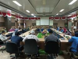 Audiensi Mahasiswa Tambang dan Perusahaan yang Difasilitasi Pemkab Kampar Berlangsung Panas