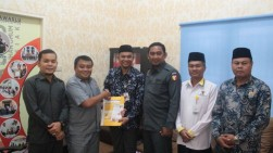 Bawaslu Kabupaten Siak Komit Bayarkan Zakatnya Melalui Baznas