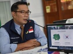Blunder Mahfud MD Soal Kerumunan Rizieq dan Silang Pendapat dengan Ridwan Kamil