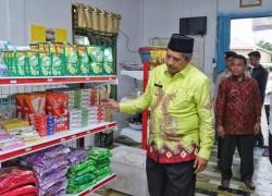 Bupati Alfedri Resmikan Bumkam Mart di Kampung Rantau Bertuah