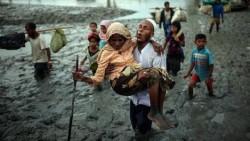 Perempuan dan Anak Rohingya Terdampar di Pantai Malaysia