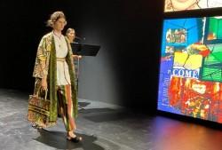 Dior Tampilkan Kain Endek Bali Pada Paris Fashion Week