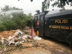 Gara-gara Bakar Sampah, Hunian di Taman Raya Tahap 2 Nyaris Terbakar
