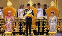 Hari Ini, Brunei Resmi Berlakukan Hukum Rajam Bagi Pezina dan LGBT