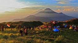 Ini Enam Destinasi Wisata yang Dijuluki Negeri Diatas Awan