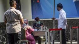 Jokowi: Anda Menanti Vaksin Covid-19? Sabar, Saya Juga