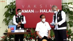 Jokowi Buka Peluang Vaksinasi Covid-19 Mandiri