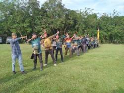 Juara Padang Open Turut Ramaikan Turnamen Archery Camp di Kuntu