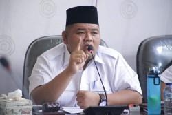 Ketua DPRD Rohul Himbau Warga Tidak Perlu Panik Sikapi Virus Corona