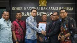 Komnas HAM Turun Tangan dalam Kasus Jilbab di SMKN 2 Padang