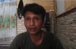 Pemuda asal Lampung Bikin Sepatu Bertenaga Listrik
