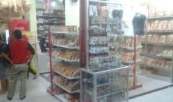 Pengiriman Paket Oleh-oleh di Belitung Turun 47 Persen