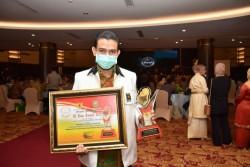 PKS Riau Terima Anugerah KI Riau Award 2020