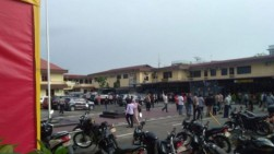Potongan Tubuh Berserakan pada Lokasi Ledakan di Mapolresta Medan