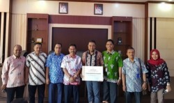 PT RAPP Terima Penghargaan dari Pemkab Pelalawan