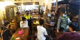 Razia Prokes di 3 Kecamatan, Satpol PP Batam Tegur Badan Usaha Yang Melanggar