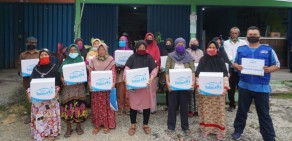 Rumah Yatim Sampaikan Bantuan Sembako untuk Korban Banjir Pekanbaru