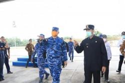 Sempena HUT ke-74 TNI AU, Lanud RSN Sterilisasi Jalan Protokol dan Rumah Ibadah Pekanbaru