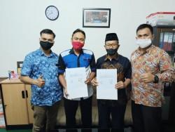 SMK Muhammadiyah 3 Pekanbaru Tandatangani MoU Dengan PT GRM (HINO)