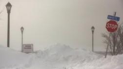 Suhu Lebih Dingin dari Antartika, Amerika Serikat Membeku