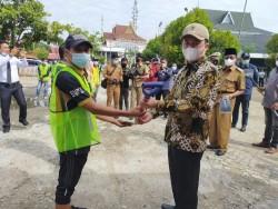 Syahrul Aidi Resmikan Program Padat Karya Tunai PKT Kemenhub di Tembilahan