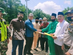 Syahrul Aidi Tunjukkan Abrasi Terparah di Inhu-Kuansing ke Kepala Balai Sungai KemenPUPR