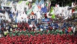 Tahun 2018 Puluhan Ribu Buruh di PHK