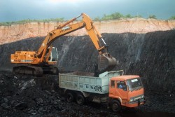 Tiga BUMN Bangun Industri Hilirisasi Batu Bara di Sumsel