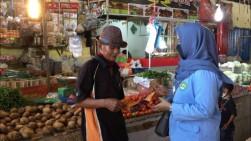 Tim Diavo dan IPKKI Bagikan Masker di Pasar-Pasar Pekanbaru