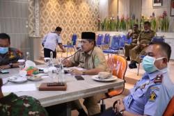 Via Video Conference, Bupati Alfedri Laporkan Penanganan Wabah Covid 19 Kepada Gubernur Riau