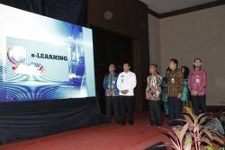 Wako Pekanbaru Luncurkan Belasan Aplikasi Layanan Kepegawaian Pemerintah Kota Pekanbaru