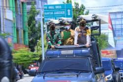 Walikota Pekanbaru Lakukan Penyemprotan Disinfektan di Pasar Bawah