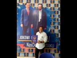 Yuhendri Ambil Formulir Pertama Cawako Batam di Nasdem